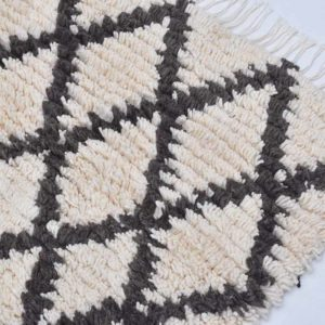 2-Irise-descente-de-lit-Rug-laine-artisanat-artisanatex-handmade-craft-tunisie-tunisia